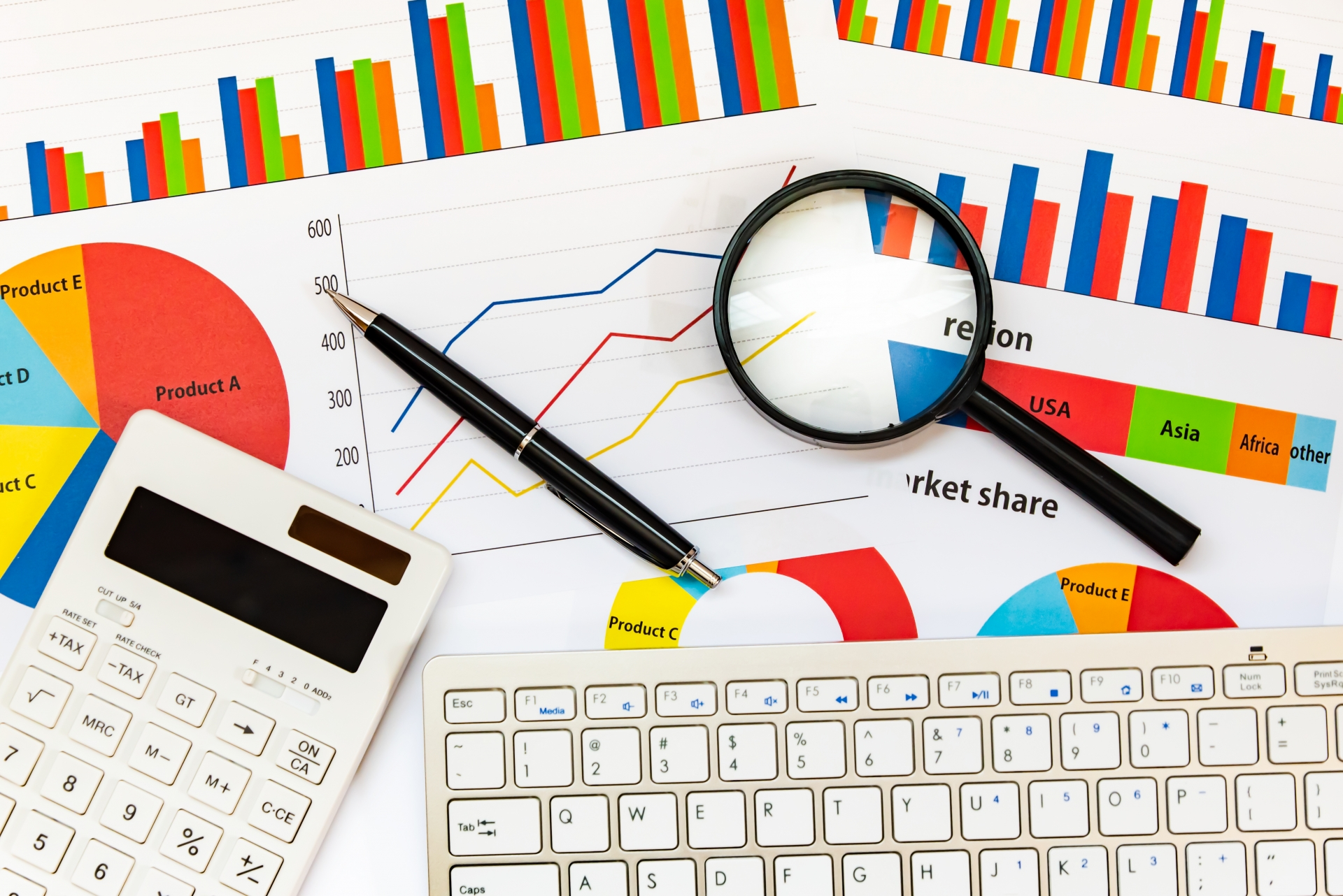 営業力を高めるCRMデータ!導入前に知っておきたいポイントまとめの活用_データ