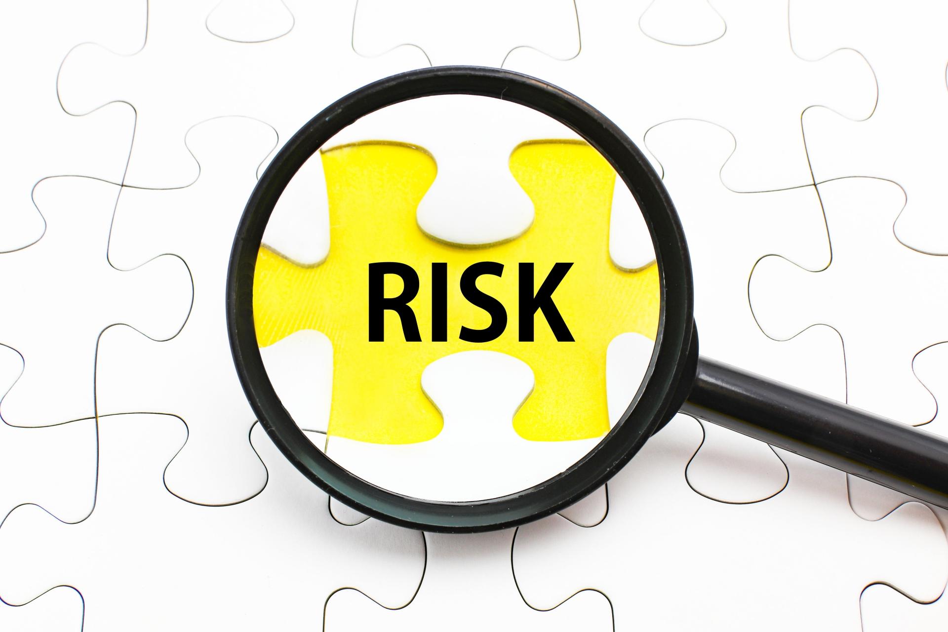 営業力を高めるCRMデータ!導入前に知っておきたいポイントまとめの活用_リスク