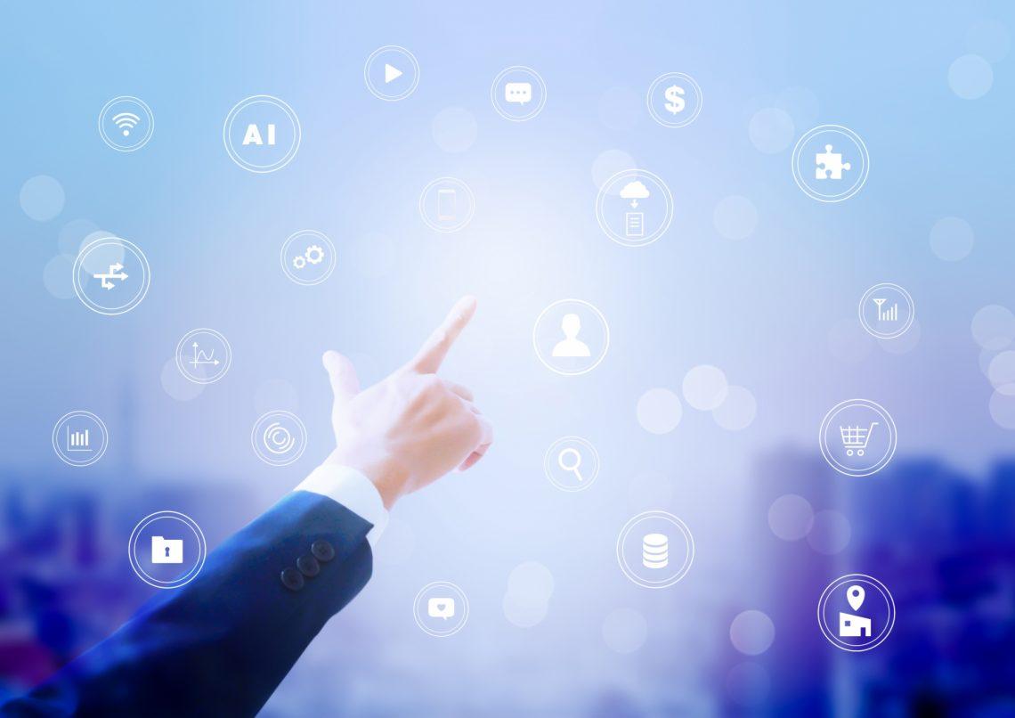 CRMとは? メリット・デメリットや活用と運用のコツ、費用までを解説_まとめ